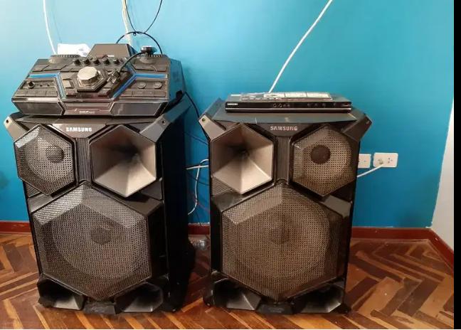 Equipo de sonido Samsung con efectos de dj incluido
