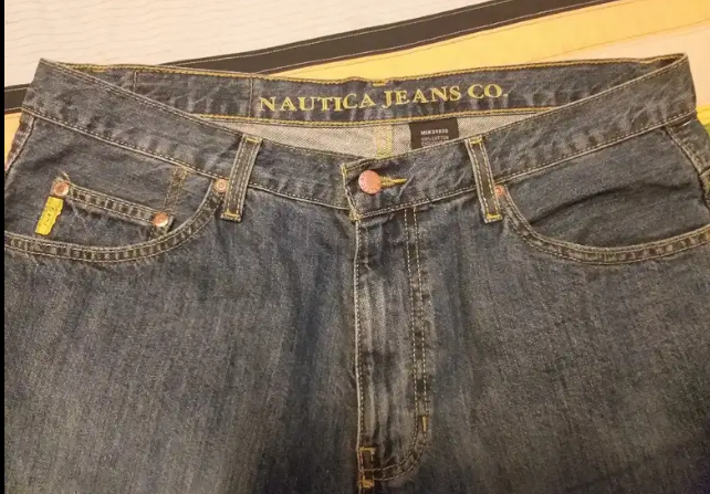 Pantalón jean marca Náutica