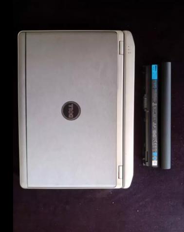 Vendo laptop Dell Latitude E6230