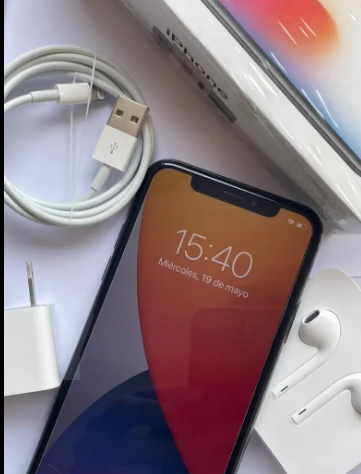Iphone X 256gb+Caja+cargador+cable+audifinos+manual+2 cases