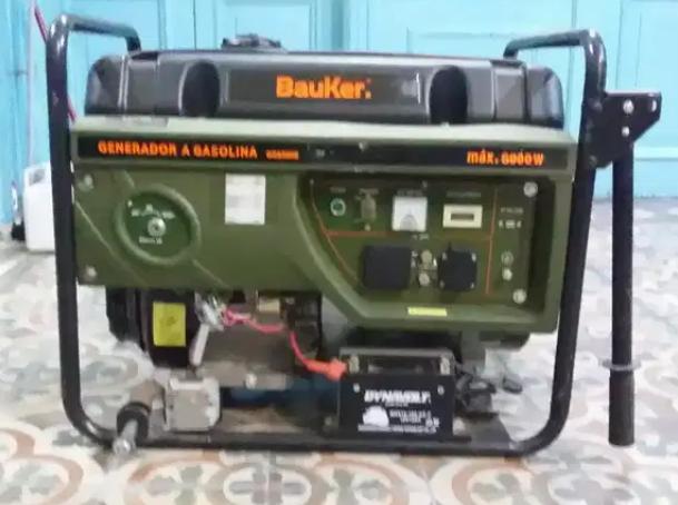 Alquiler de Generador de Energia 6000w