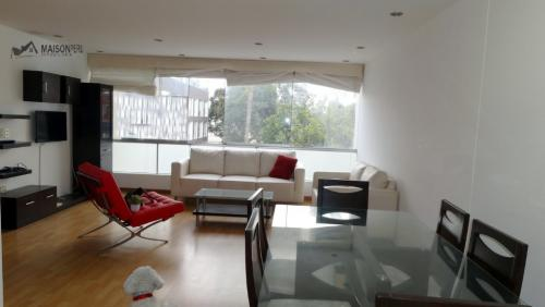 2 Cuartos, 108 m² – Vendo Duplex Vista a Parque 2 Dorm. Surco (Ref 617