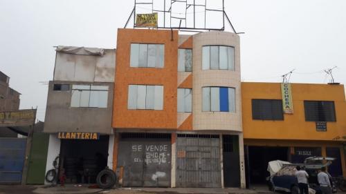 240 m² – CASA LOCAL COMERCIAL MARICAL CASERES S.J.L.