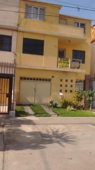 6 Cuartos, 242 m² – CASA EN VENTA EN EXCELENTE UBICACIÓN