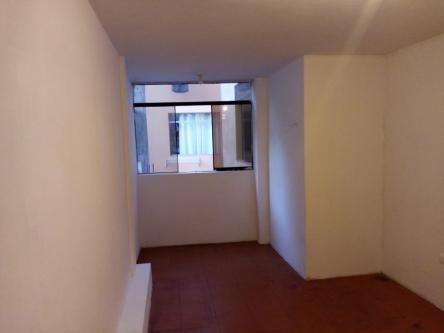 1 Cuarto, 15 m² – ALQUILO HABITACION CON BAÑO SAN LUIS 1X1