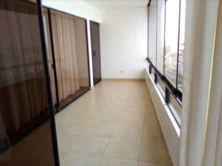 3 Cuartos, 204 m² – Alquilo dpto. de 3 dorm sin muebles con vista al mar